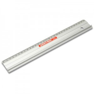 Regla Aluminio de corte Plantec 30cm